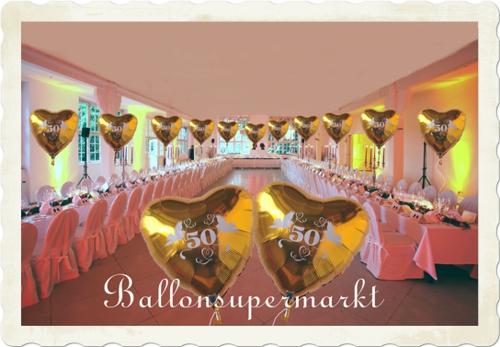 Dekoration Goldene Hochzeit, Festsaaldekoration mit Herzballons 50 Gold die mit Helium schweben